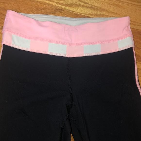 lululemon athletica Pants - Cropped lululemon leggings